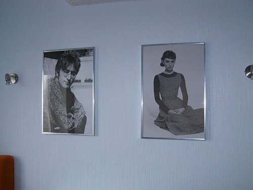 Постеры с изображением знаменитостей