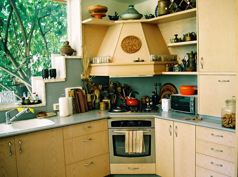 простой интерьер кухни