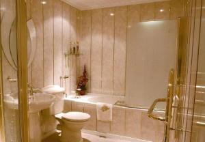 Простой ремонт ванной