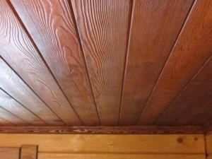 Ремонт потолка в деревянном доме