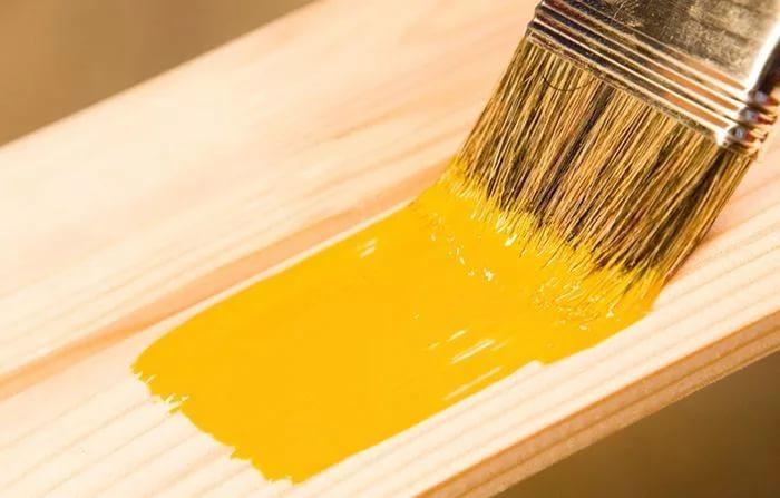 Резиновой краской можно красить не только бетон, но и любые другие поверхности