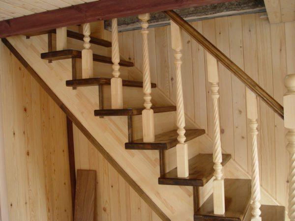 Сделать одномаршевую лестницу самому – вполне реально!
