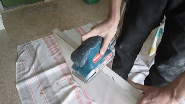 Шлифовка столешницы, крытой пластиком
