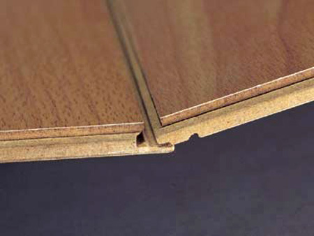 Система стыковки МДФ панелей исключает возможность выдавливания клея
