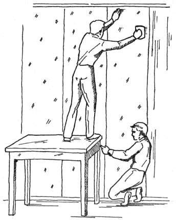 Процесс приклеивания полотен