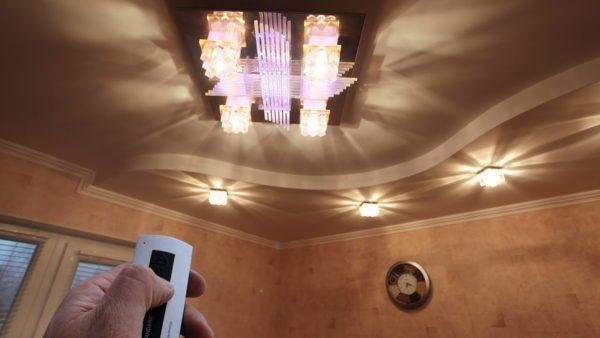 Современный «умный дом» предполагает максимальный комфорт управления освещением