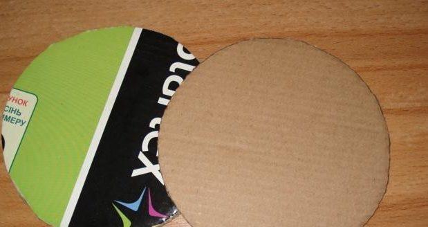 table_pic_att149316965611-e1493169842792 Плетение из газетных трубочек для начинающих пошагово: техника плетения, мастер класс, фото. Плетение корзин, шкатулок, коробок из газет для начинающих: схемы, загибы, фото