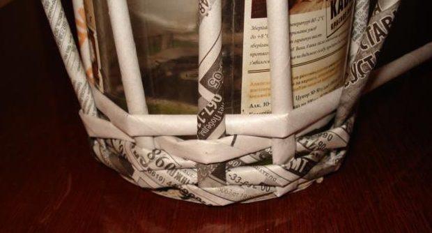 table_pic_att149316966521-e1493170039928 Плетение из газетных трубочек для начинающих пошагово: техника плетения, мастер класс, фото. Плетение корзин, шкатулок, коробок из газет для начинающих: схемы, загибы, фото