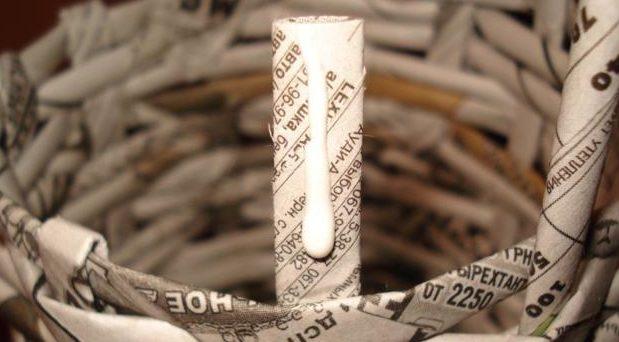 table_pic_att149316967026-e1493170132100 Плетение из газетных трубочек для начинающих пошагово: техника плетения, мастер класс, фото. Плетение корзин, шкатулок, коробок из газет для начинающих: схемы, загибы, фото