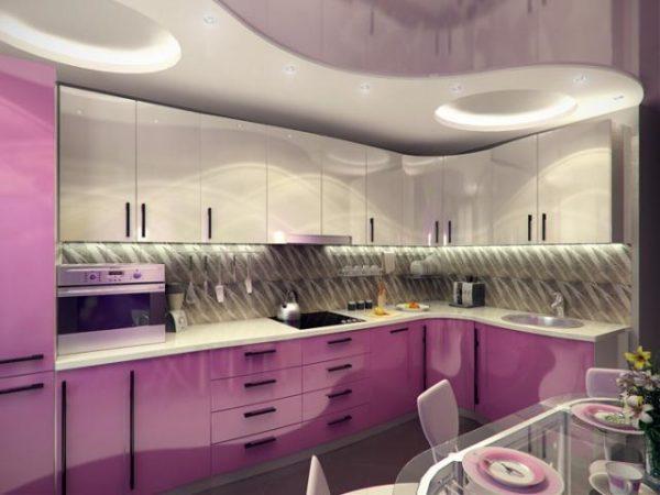 Трехмерный проект позволяет заранее посмотреть, как впишется потолок в интерьер кухни