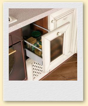 Удобная фурнитура на кухне