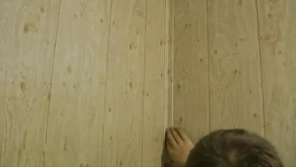 Уголок закрывает стыки и улучшает внешний вид поверхности