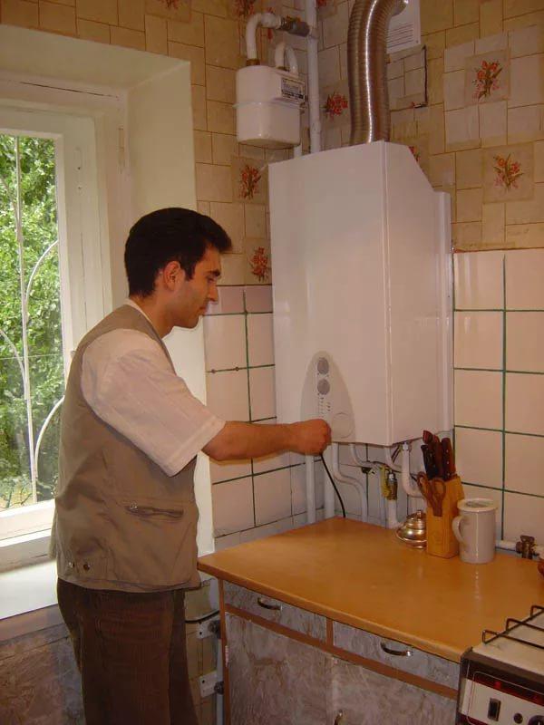 В последнюю очередь помещение оснащается необходимой техникой и приборами.