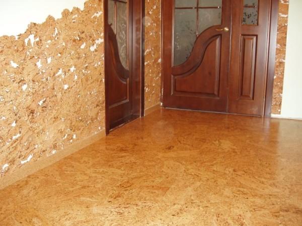 В прихожей и коридоре отделка долго сохранит привлекательность