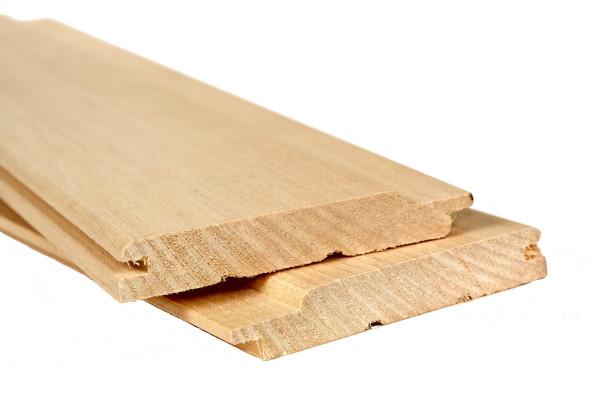 Вагонка из липы в парной никогда вас не обожжет – в этой древесине отсутствует смола