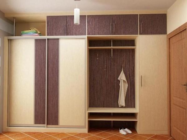 Встроенный шкаф для прихожей