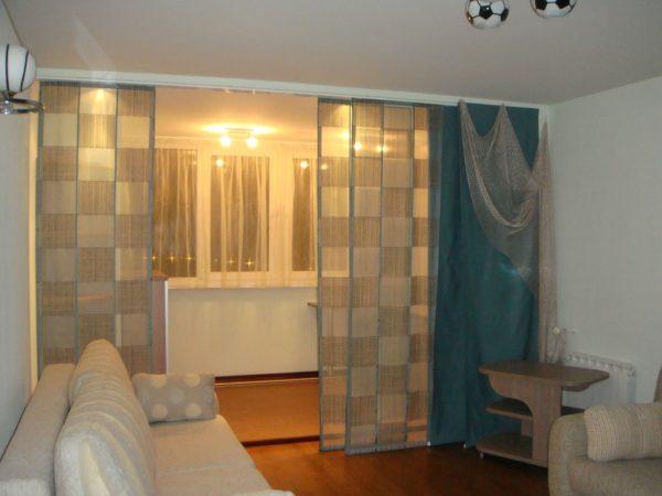 Японские шторы панели можно использовать не только в восточных интерьерах