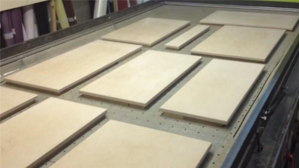 Заготовки приготовлены для нанесения винилового покрытия