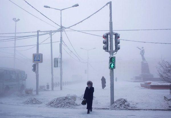 Зимние температуры очень сильно сказываются на энергоемкости отопления.